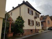 Ein Zweifamilienhaus in schönem Winzerdorf