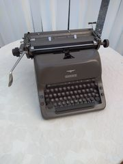 Adler Schreibmaschine mechanisch 50er Jahre