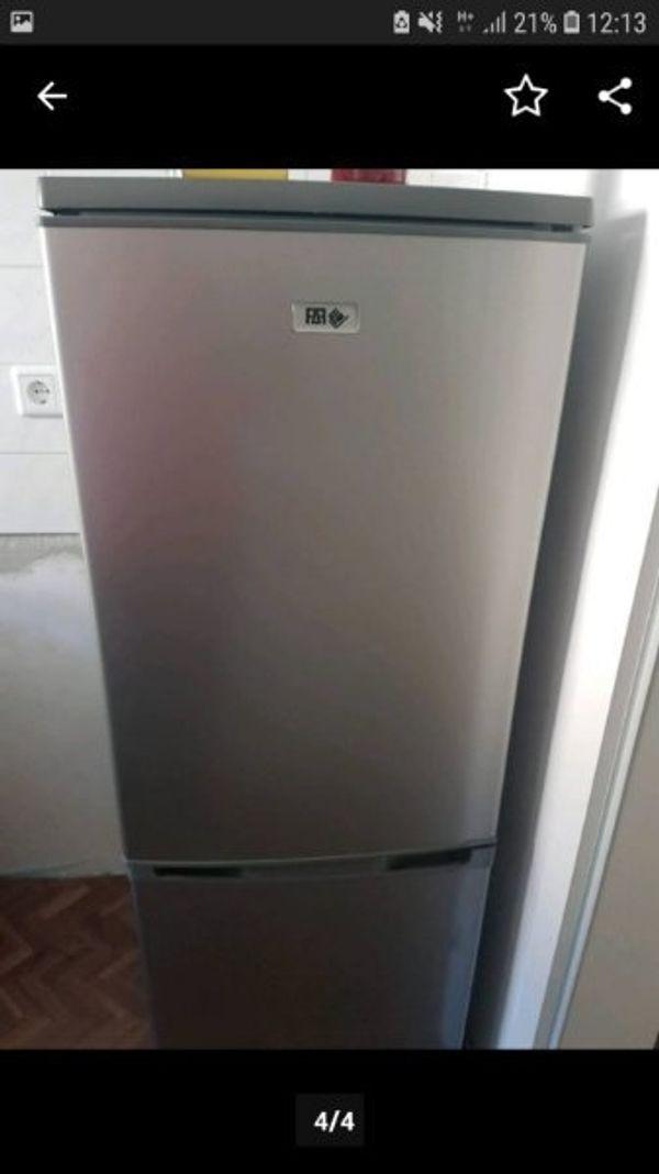 Kühlschrank mit Gefrierschrank Kombi in Wuppertal - Haushaltsgeräte ...