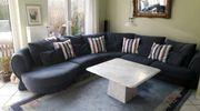 Großes zeitloses Sofa