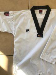 Taekwondo Anzug Dobok von Mooto