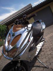 Yamaha Aerox Valentino