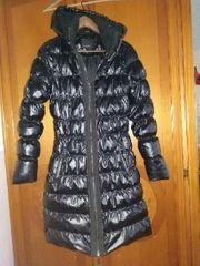 Verkaufe eine schwarze Jacke von