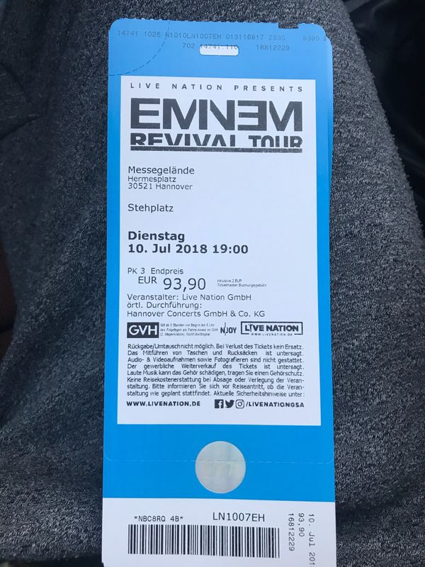 1x Eminem Revival » Alles Mögliche