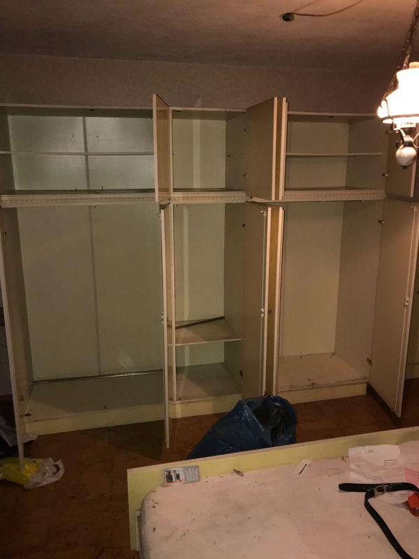 Zu verschenken Schlafzimmerschrank Kleiderschrank in München - Biete ...