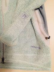Hochwertige PATAGONIA Damen-Fleecejacke in hellblau