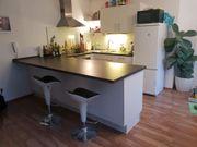 Gebrauchte Küche mit hochwertigen Einbaugeräten