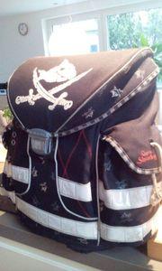 gratis Schultasche - für Piratenfans in