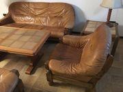 Leder Couch Sessel Tisch und