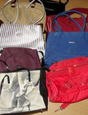8 Handtaschen, versch.