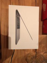MacBook Pro 2018 15 - Neuzustand -