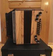Neue Steirische Harmonika mit Garantie