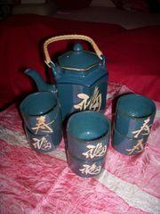 Neuwertiges Teeservice aus