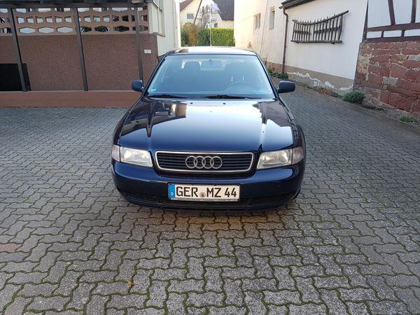 Verkaufe Audi A4 Baujahr 1996 - Kandel - Audi, A4, Limousine, Benzin, 92 kW, 203000 km, EZ 05/1996, Schaltgetriebe, Blau Metallic, Scheckheftgepflegt, Nichtraucherfahrzeug. - Kandel