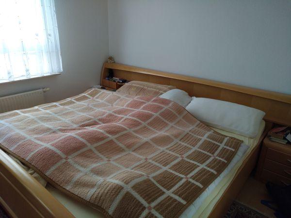 Hochwertiges Bettgestell 2 Nachttische Ahorn In Marbach Betten