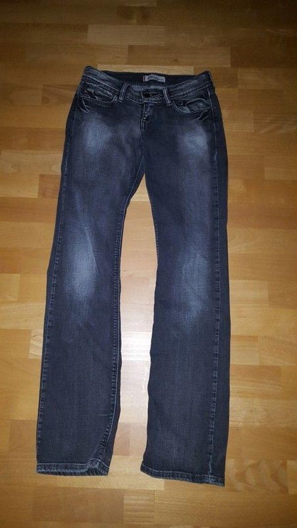 bc305138d4bac4 Levis Jeans Mit kaufen / Levis Jeans Mit gebraucht - dhd24.com