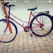 schönes Fahrrad, fahrbereit,
