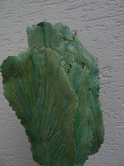 Grüne Blätterkeramik-Vase