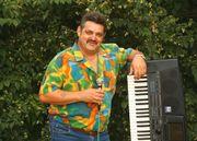 Sänger und keyboarder sucht Leute