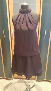 Lila Kleid von bonprix