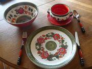 Speiseservice aus Keramik
