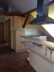 Nur für Studenten-WG-geeignet-Drei-Zimmer-DG-Wohnung mit EBK
