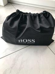 Hugo Boss Men Business Traveller