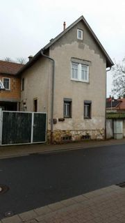 Älteres Einfamilienhaus im