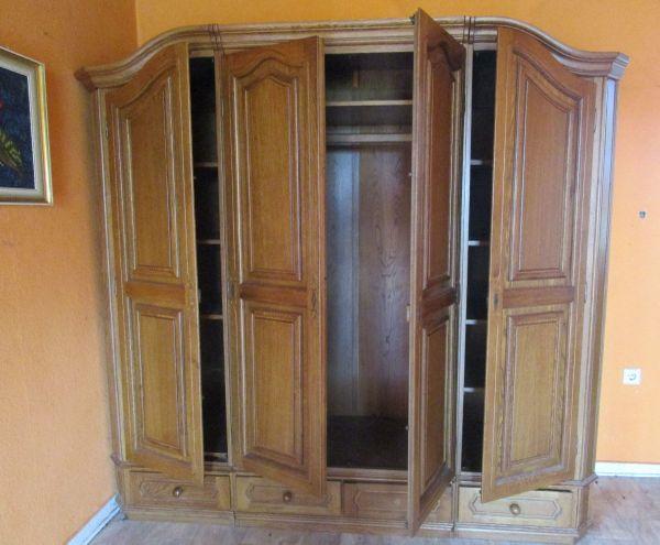 Hochwertiger KLEIDERSCHRANK: 4 Türen / 4 SCHUBLADEN / 1 Kleiderstage ...