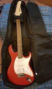E-Gitarre von Cort mit Tragetasche