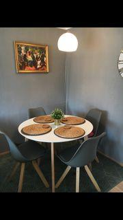 Esstisch rund ohne Stühle