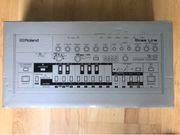 Roland TB-03 (