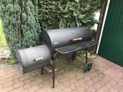 BBQ Smoker USA Grill Spanferkel