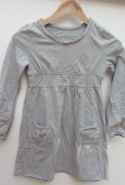 Mädchen-Kleid hellgrau Größe 140