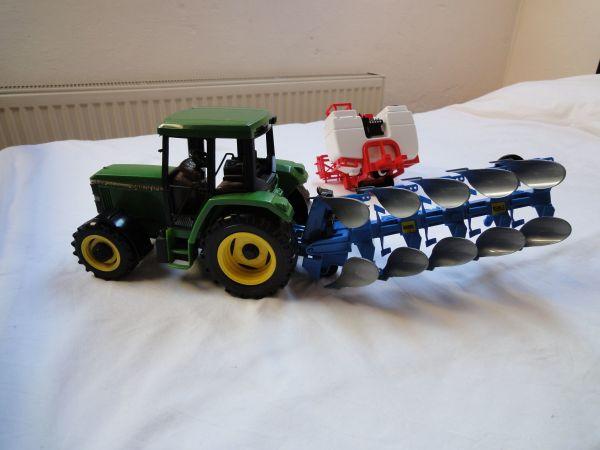 traktor ausmalbilder fahrzeuge  malvorlagen traktor