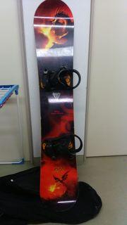 Snowboard 165 mit NITRO Bindung