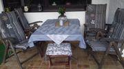 Teakholz Tisch mit 4 Stühlen