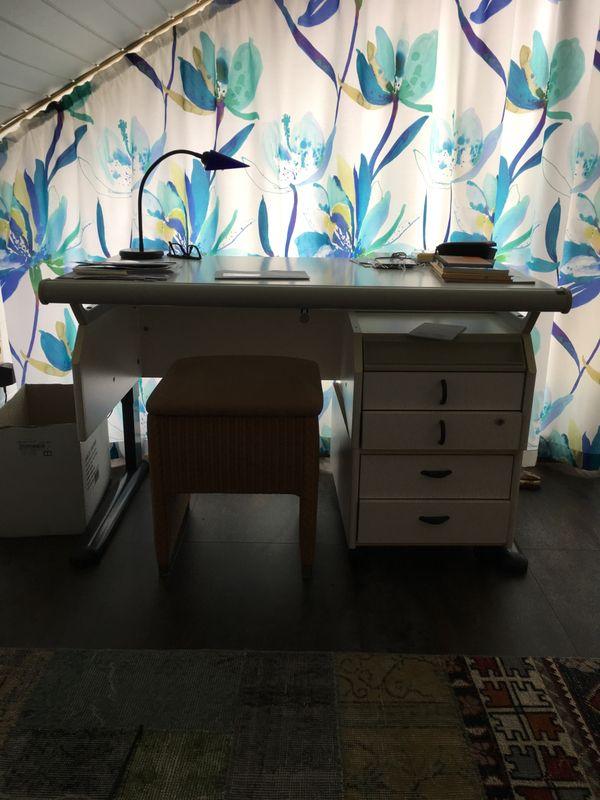 Schreibtisch moll kaufen schreibtisch moll gebraucht for Mitwachsender schreibtisch