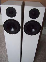 Spendor A 7 weiße Lautsprecher