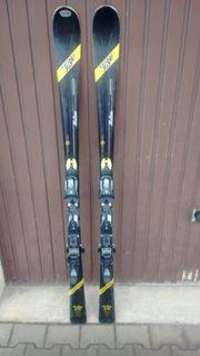 Dynamic Carving Ski