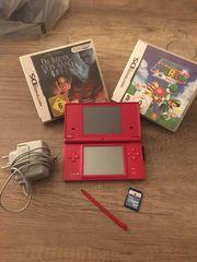 Nintendo DSi mit Speicherkarte und